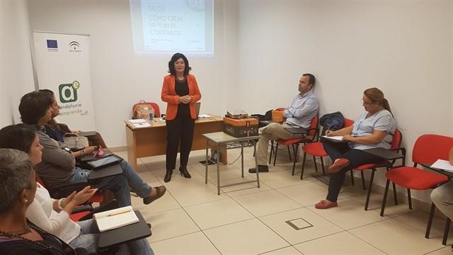 La Junta organiza un taller de creación de contenidos digitales para pymes en Isla Cristina