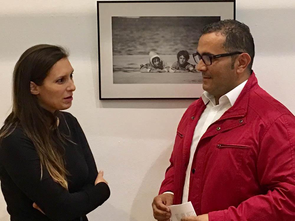 Isla Cristina acoge la exposición del fotógrafo onubense Carlos Hernández