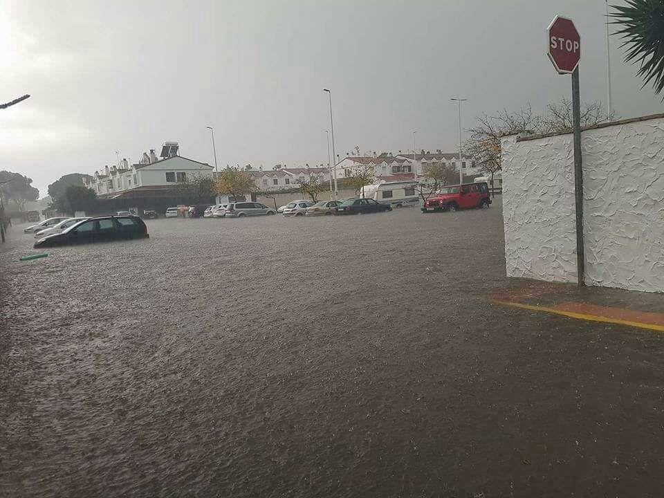 La tormenta deja a su paso inundaciones en Huelva y un tornado en Palos