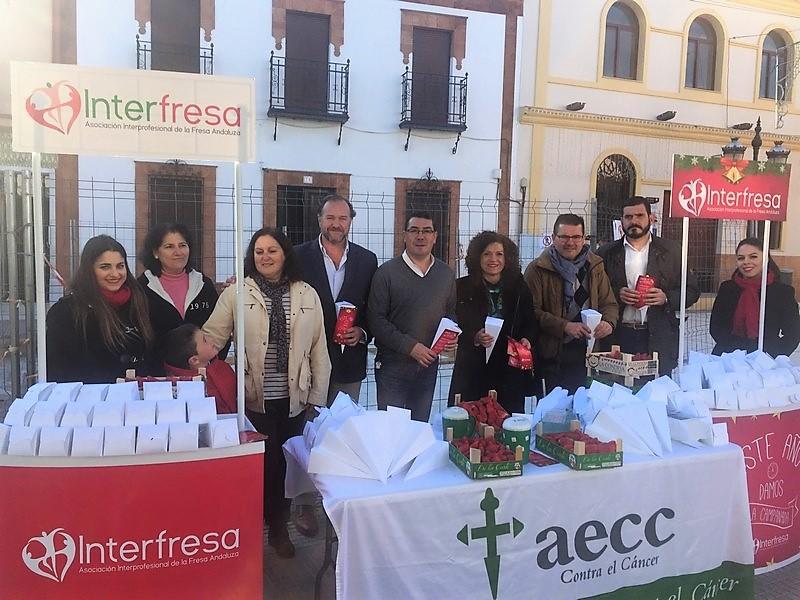 Interfresa entregará este miércoles a la (AECC) la recaudación de las 'Campanadas con fresas'