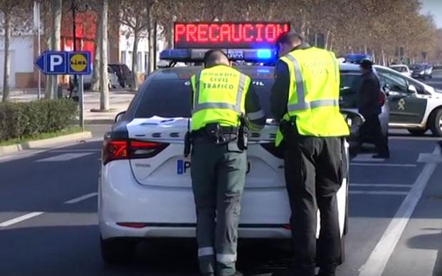 Un conductor atropella a un menor en Isla Cristina y se da a la fuga