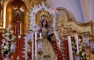 Presentación de los niños a la Patrona de Isla Cristina la Virgen del Rosario
