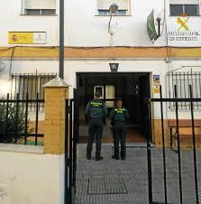 El cuartel de Isla Cristina recupera la normalidad tras regresar los agentes aislados