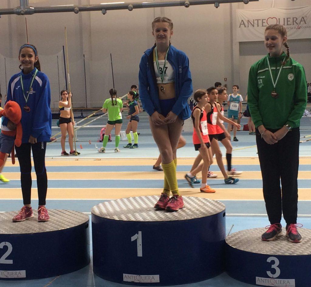 Cuatro medallas para Huelva, Tres de ellas conseguidas por el C.A. Isla Cristina en el Campeonato de Andalucía infantil en pista cubierta