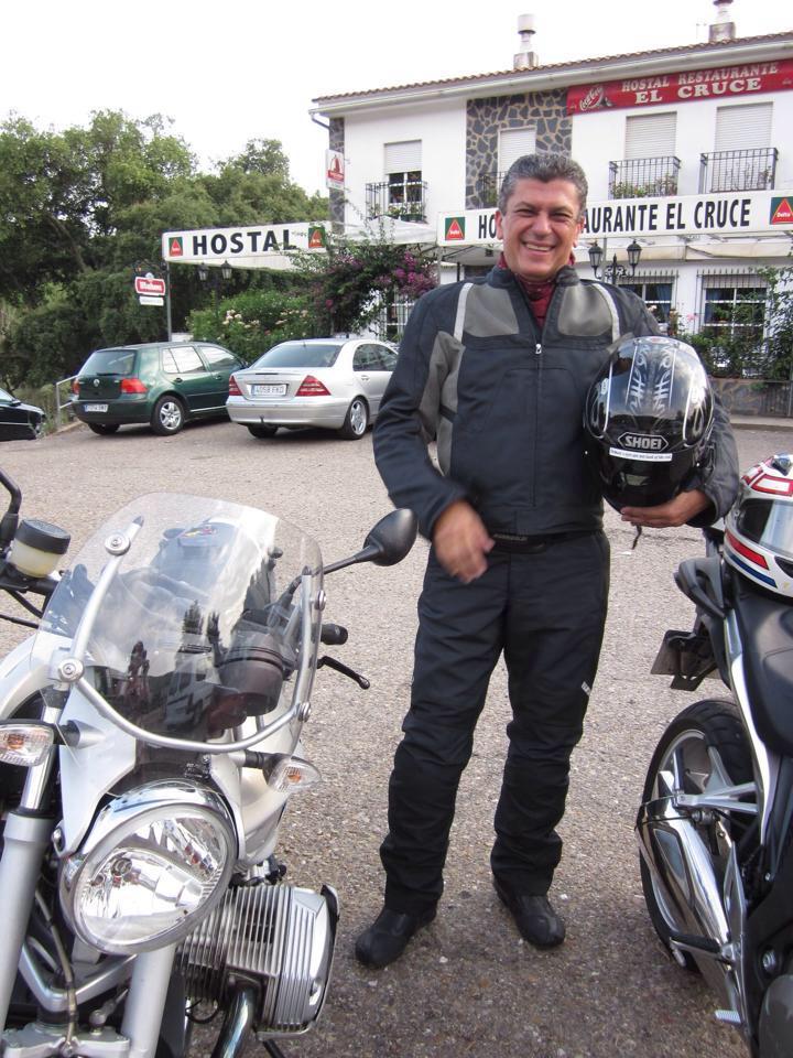 Un fallecido y un herido grave en una colisión entre una motocicleta y un turismo en Isla Cristina