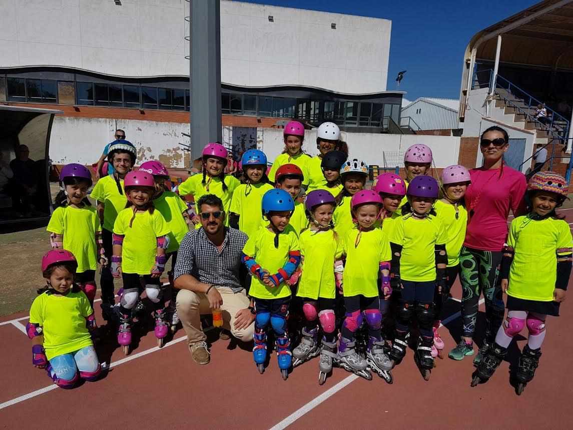 I Carrera de patines sobre líneas en Isla Cristina