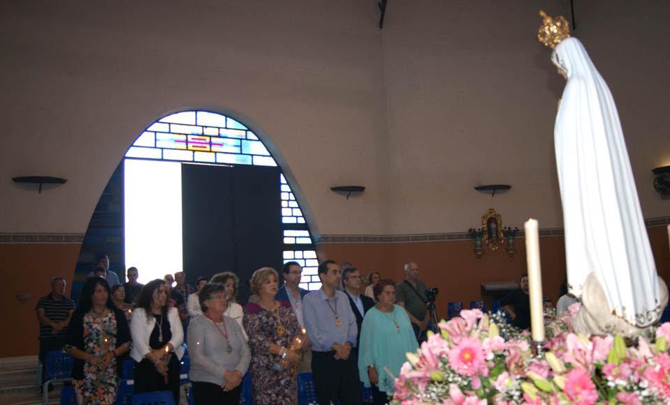 La Virgen de Fátima procesiona por las calles de la Punta del Caimán