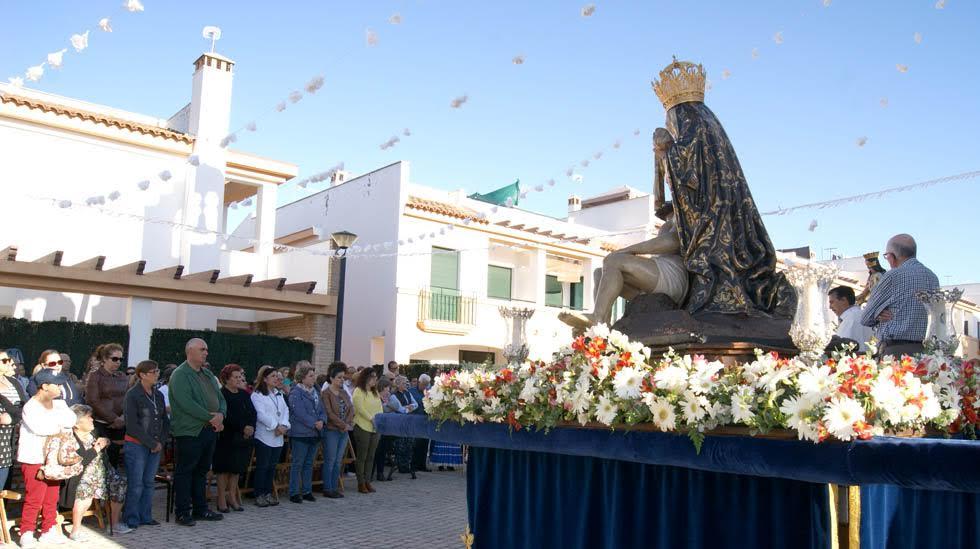 Comienza la Romería en Honor a María Auxiliadora, mientras la Patrona de Ayamonte se despide de la barriada de Pozo del Camino