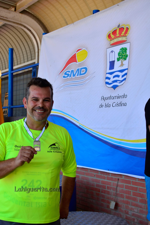 Los onubenses dejan un saco de medallas del Campeonato Andaluz de Atletismo Veteranos en isla Cristina