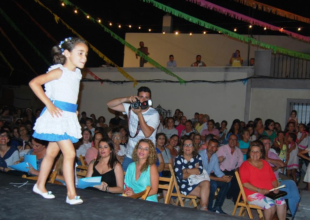 Lucia Rodriguez Carrasco y Celia Botello Rodriguez Reinas de las Fiestas de Pozo del camino