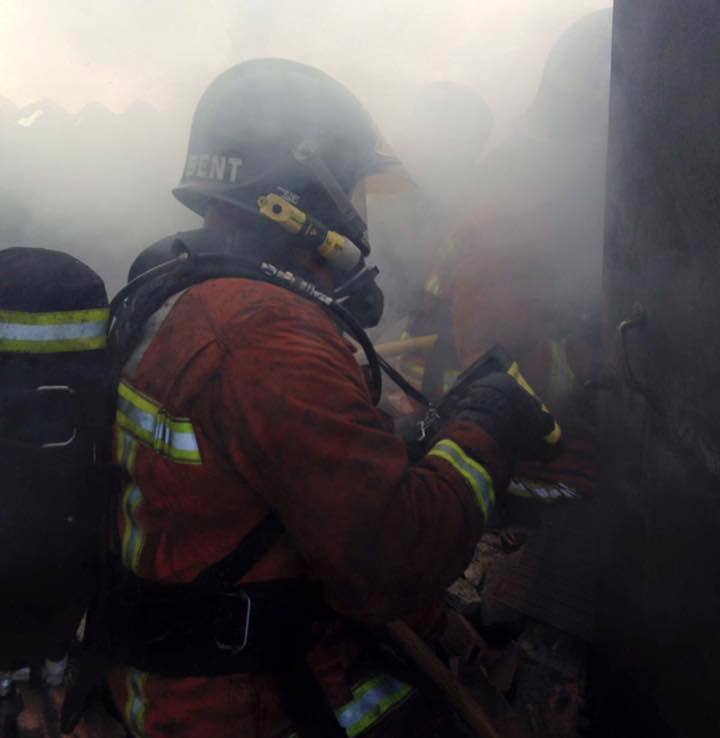Herida una mujer de 35 años en el incendio de una vivienda en Isla Cristina