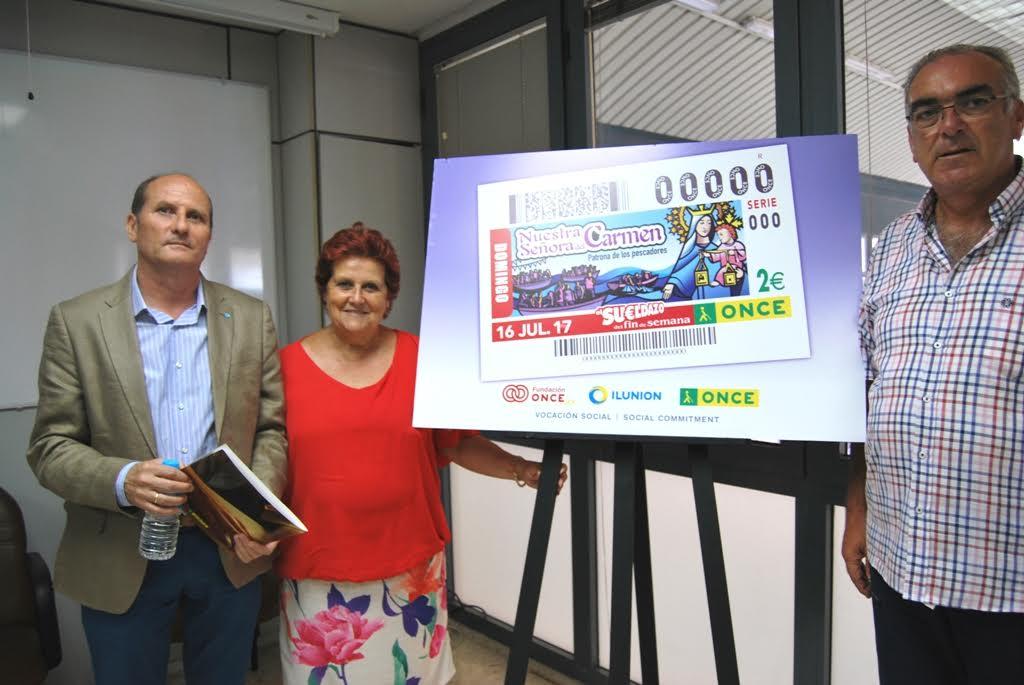La ONCE presenta un cupón en Isla Cristina dedicado a la Virgen del Carmen