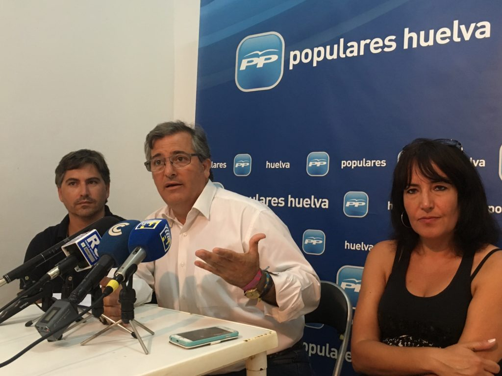 """El PP de Isla señala """"la ambición, el poder y el dinero"""" como motivos de Márquez para la moción de censura"""