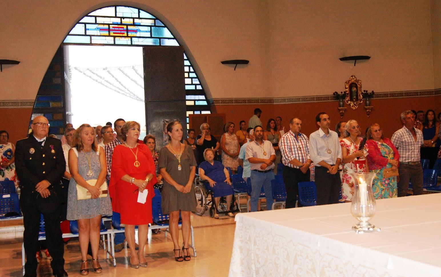 Celebrada una misa dedicada a los marineros en la Punta del Caimán