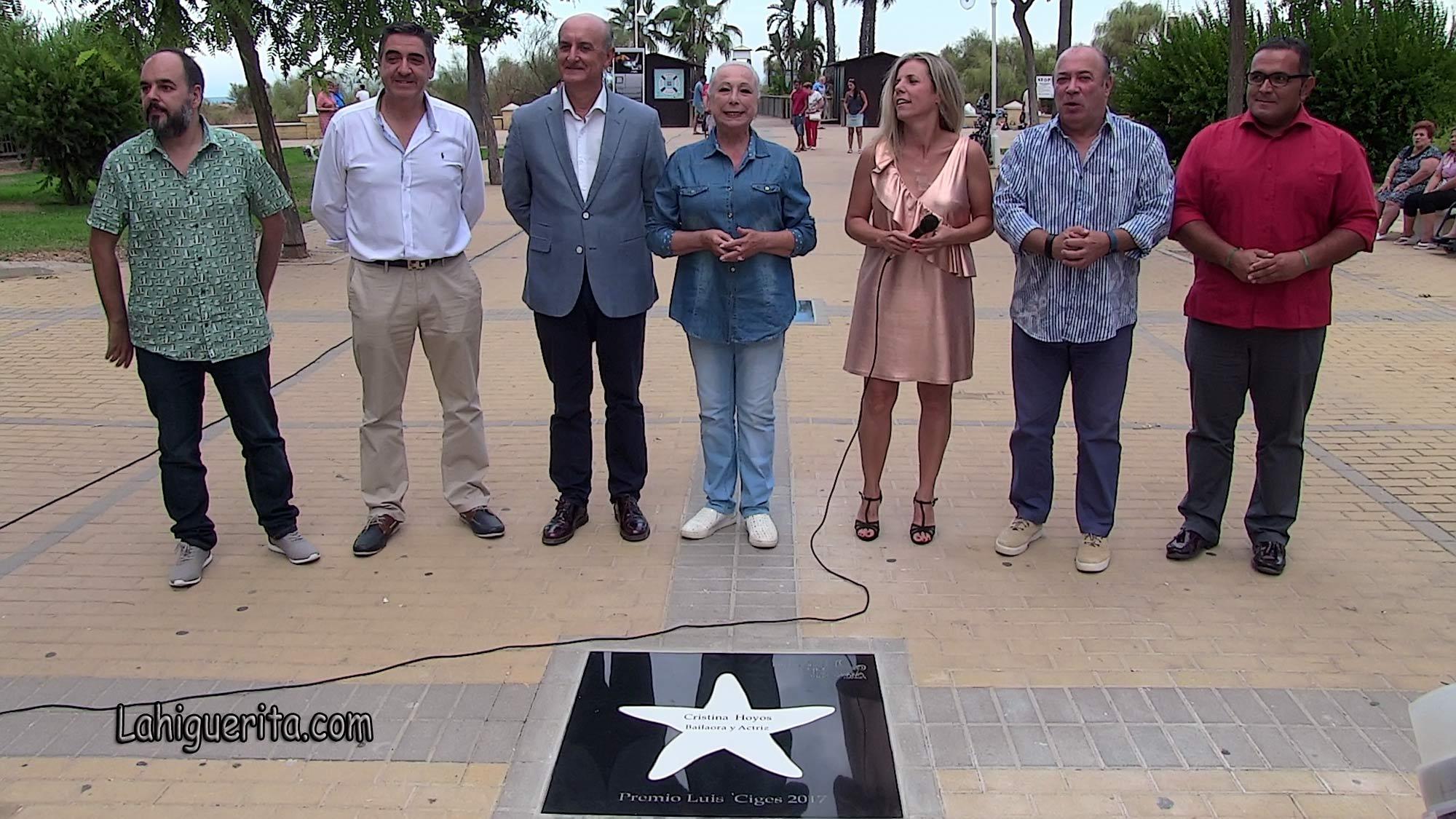 Cristina Hoyos descubre su nueva estrella en el Paseo de la Fama de Islantilla