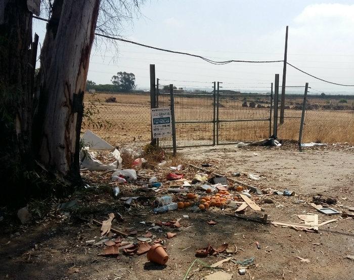 El Ayuntamiento de Isla Cristina mantiene una constante limpieza de Puntos Negros