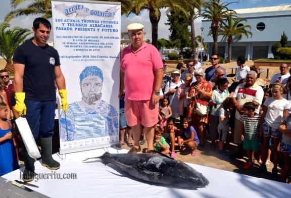 VI Ronqueo del Atún en la Plaza de la Almadraba de Isla Cristina en el