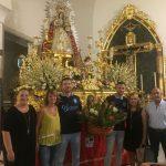 Ofrenda de Flores y Alimentos a la Virgen del Rosario por parte del Isla Cristina F.C.