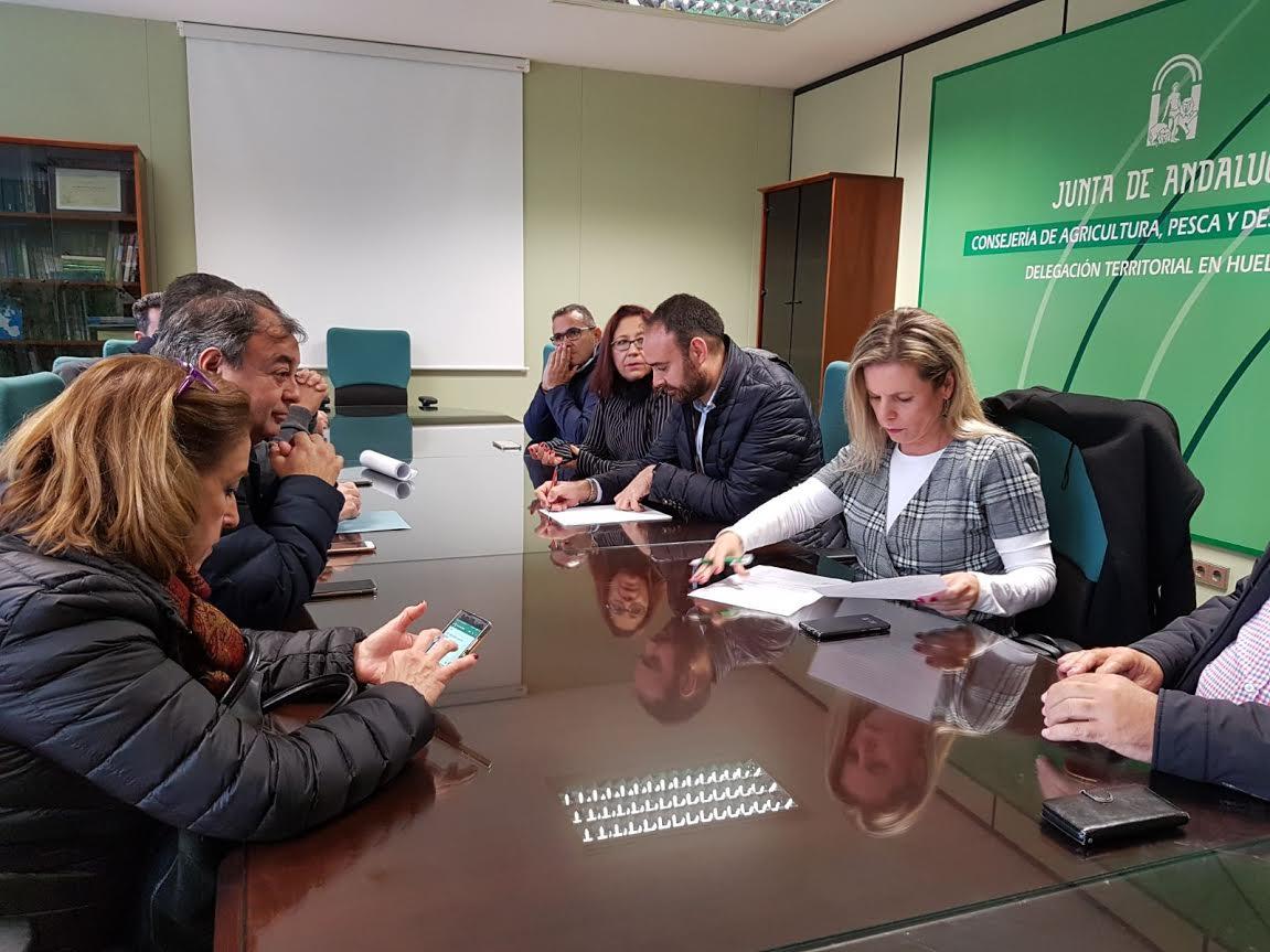 El ayuntamiento de Isla Cristina en apoyo al sector de la chirla