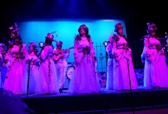 """Comparsa """" La flor de la vida"""" en el Carnaval de Isla Cristina 2018"""
