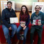 Entrega de los trípticos informativos de los itinerarios a la Pro-Hermandad Cristo de la Humildad