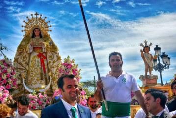 Puja de la Vara en la Fiesta del Huerto de La Redondela
