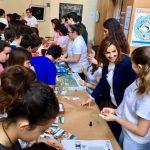 Unos quinientos alumnos y alumnas isleñas han pasado por la IV Feria de las Ciencias en Isla Cristina