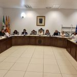 El ayuntamiento isleño concede la Medalla de la Ciudad a la Virgen del Mar