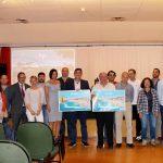 Entrega al empresariado del material promocional de Islantilla de la campaña 'Somos Turismo'