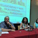 Aurora Gema Lozano llenó El Patio con su conferencia sobre la Virgen del Carmen