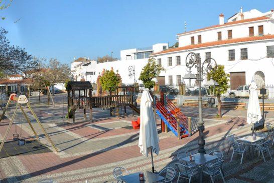 Plaza-de-Zufre