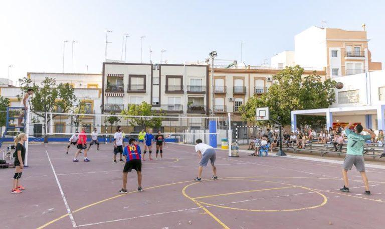 Isla Cristina acoge la vigésimo sexta edición del Torneo de Voleibol
