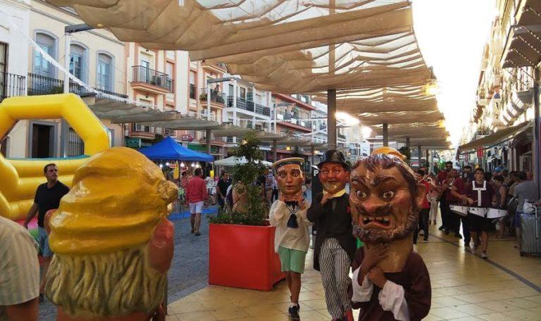 La quinta Noche de Luz iluminó y animó las calles de Isla Cristina