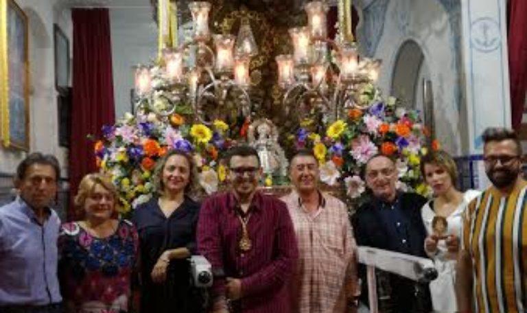 El Grupo Duende y Compás canta la Salve en Isla Cristina