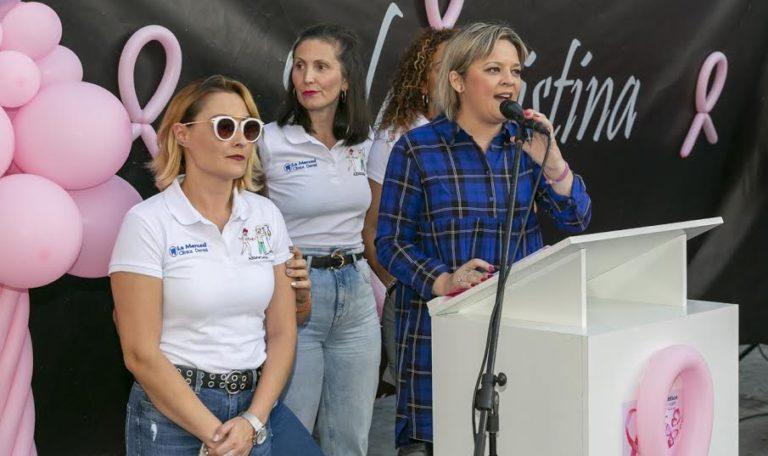 La Asociación isleña AIDOCMA celebra un pase de modas benéfico y presenta su calendario 2020