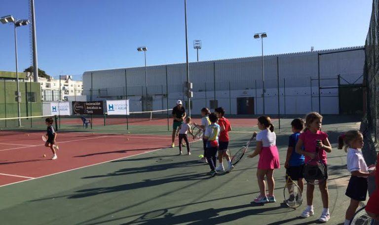 La Fiestas del tenis llega a Isla Cristina con la cita 'La Provincia en juego'
