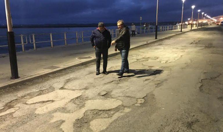 La Junta asfaltará el vial que une el puerto pesquero con el puerto deportivo de Isla Cristina.