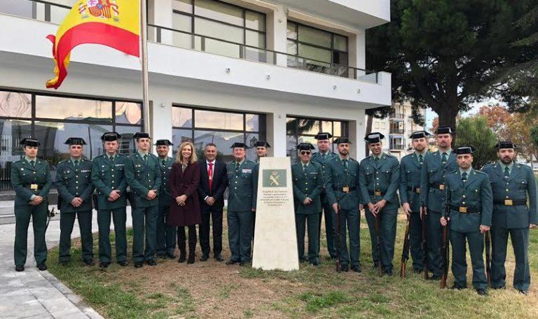 Isla Cristina dedica un monolito a la Guardia Civil por el 175 Aniversario de su fundación