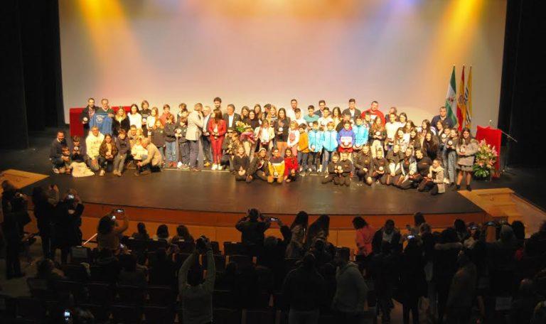 Más de medio centenar de deportistas homenajeados en Isla Cristina en la Gala del Deporte