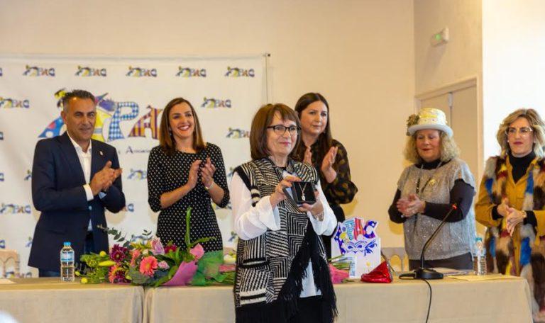 Toñi Álvarez recibe el máximo galardón de la FIPAC, el premio Patitas