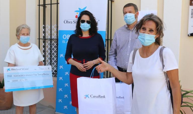 Unas 170 familias de Mazagón se acogen al programa de comidas solidarias de Asplama, con el apoyo de la Caixa