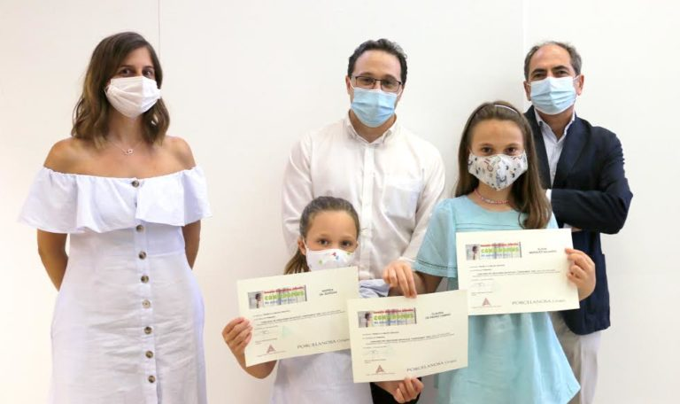 El colegio de arquitectos premia a dos niñas de Huelva y una de Palencia en el concurso Confidomus puesto en marcha en el confinamiento