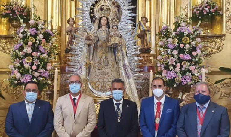 La imagen de la Virgen del Rosario, ya restaurada, vuelve a su Templo