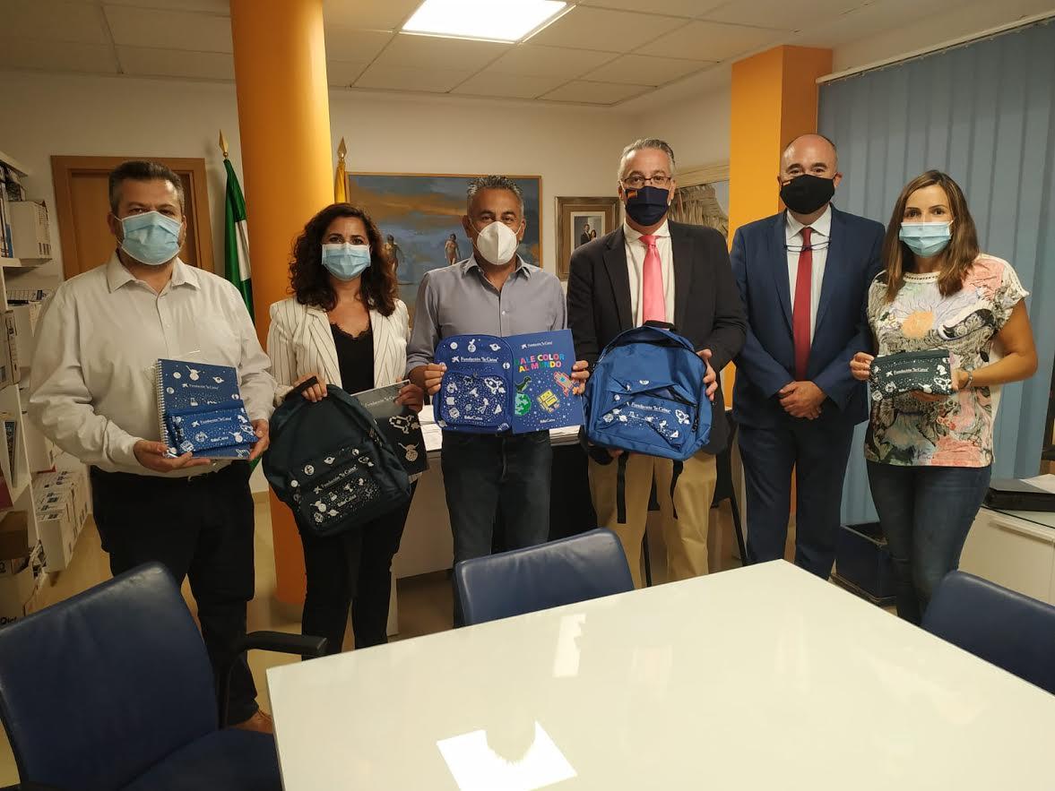 El Ayuntamiento entregará 211 kits escolares a familias vulnerables con menores
