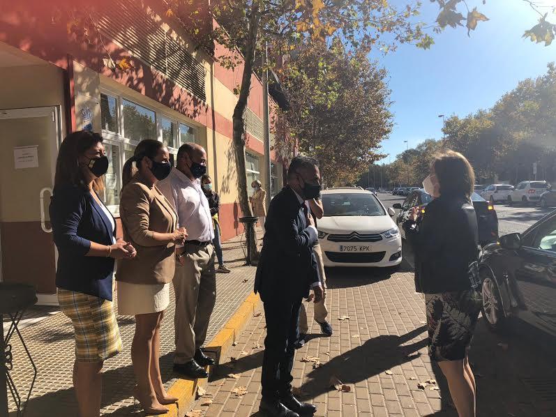 La Delegada del Gobierno en Andalucía visita Isla Cristina