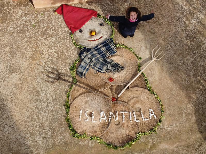 Ganadores del VI Concurso de Muñecos de Nieve Tumbados al Sol en Islantilla