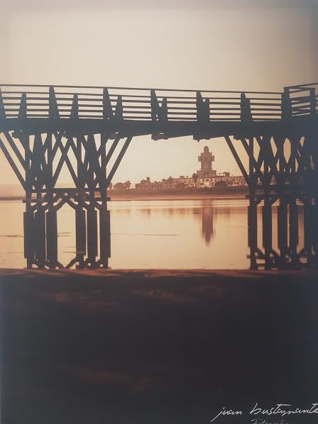 Los paisajes de Isla Cristina, protagonistas de la exposición fotográfica del onubense Juan Bustamante que estos día puede verse en el municipio costero