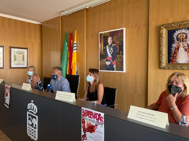 El Ayuntamiento da a conocer la Campaña estival 'Encadenadas' contra la Violencia de Género