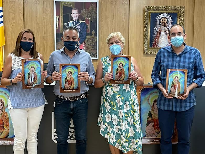 La Hermandad de la Virgen del Mar presenta la revista y la programación de las Fiestas en Honor a la Patrona de la Punta del Caimán