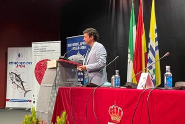 Antonio Aguilera pronuncia el Pregón Atunero en Isla Cristina